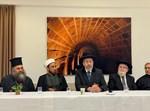 """הרב הראשי הגר""""ד לאו עם מנהיגי הדתות בעכו"""