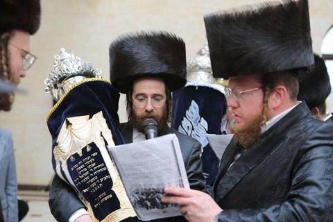 הכנסת ספר תורה בז'יטומיר
