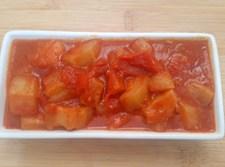 תבשיל / סלט קישואים ברוטב עגבניות