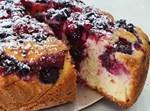 עוגת פירות יער בחושה
