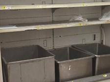 המקררים הריקים הבוקר בחנויות