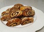 עוגיות תמרים מבצק שמרים פריך