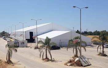אוהל החתונה שהוקם בשדה יואב