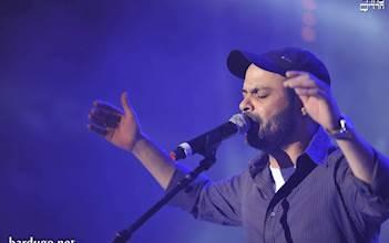 עמיר בניון בהופעה