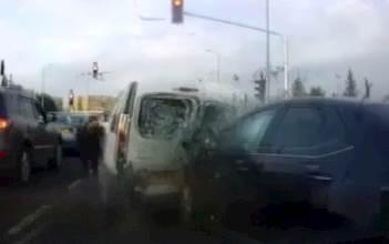 התנגשות רכב גנוב בכביש 40