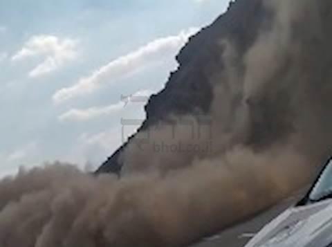 פגעי מזג האוויר: ההר קורס אל הכביש