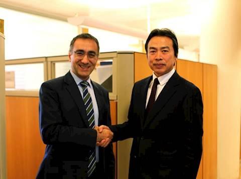 מימין: שגריר סין בישראל