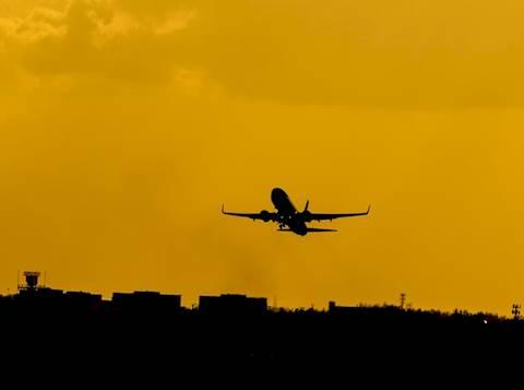 מטוס באוויר