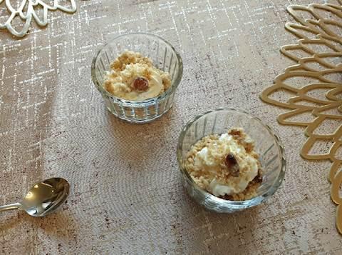 קרם לימון עם קראמבל אגוזי לוז ושקדים
