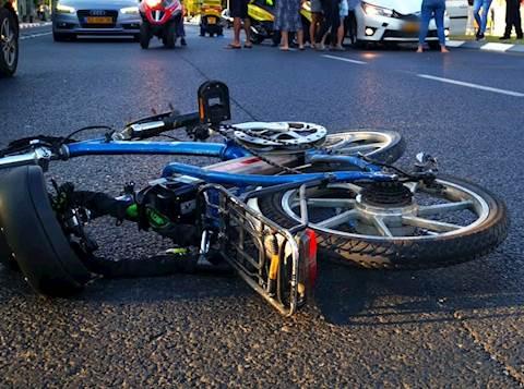 תאונה עם מעורבות אופניים חשמליים