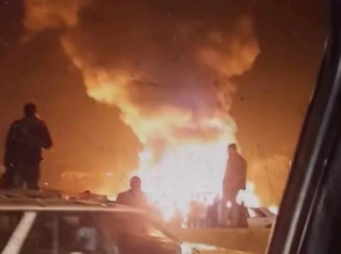 האש במחנה הפליטים
