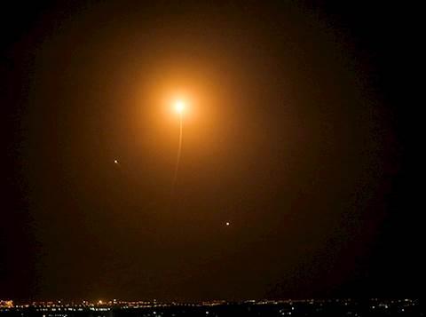שיגור רקטות לעבר הדרום