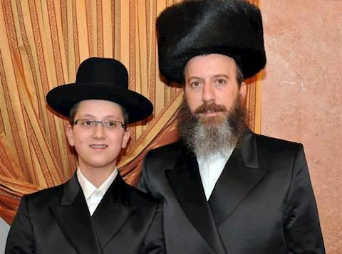 יוסי דייטש ובנו