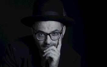 הזמר אילן דמרי
