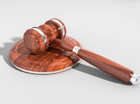 פטיש, בית משפט, עונש